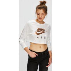 Nike Sportswear - Bluzka. Szare bluzki asymetryczne Nike Sportswear, m, z nadrukiem, z bawełny, casualowe, z okrągłym kołnierzem. W wyprzedaży za 139,90 zł.
