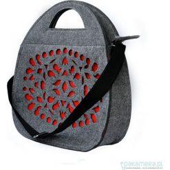 Torebki klasyczne damskie: Folkowy filcowy kufer – szary z czerwonym wzorem