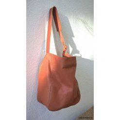 Kamelowa wpadająca w rudy skórzana torba 02. Brązowe torebki klasyczne damskie Pakamera, ze skóry, duże. Za 300,00 zł.