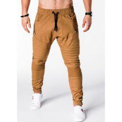 SPODNIE MĘSKIE JOGGERY P709 - RUDE. Brązowe joggery męskie Ombre Clothing. Za 79,00 zł.