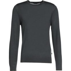 Michael Kors Sweter cedar green. Zielone swetry klasyczne męskie marki Michael Kors, m, z materiału. W wyprzedaży za 381,75 zł.