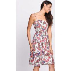 Sukienki: Biało-Pomarańczowa Sukienka My Wave