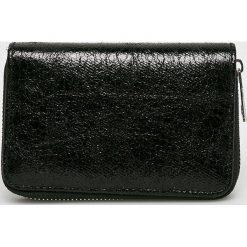 Answear - Portfel. Czarne portfele damskie ANSWEAR, z materiału. W wyprzedaży za 29,90 zł.