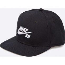 Nike Sportswear - Czapka. Czarne czapki z daszkiem męskie Nike Sportswear, z materiału. W wyprzedaży za 89,90 zł.