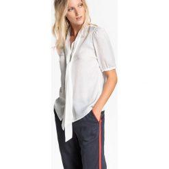 Bluzki damskie: Bluzka gładka, kołnierzyk polo, krótki rękaw