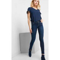 Elastyczne jeansy skinny. Niebieskie jeansy damskie skinny marki Orsay, z bawełny. Za 139,99 zł.