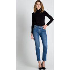 Niebieskie jeansowe spodnie  BIALCON. Czerwone bryczesy damskie marki BIALCON, na co dzień, oversize. Za 229,00 zł.
