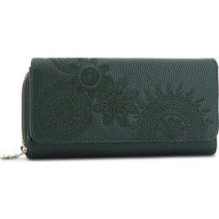 Duży Portfel Damski DESIGUAL - 18WAYP41 4000. Zielone portfele damskie Desigual, ze skóry ekologicznej. W wyprzedaży za 179,00 zł.