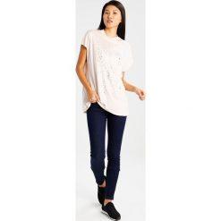 T-shirty damskie: Kaffe Tshirt z nadrukiem peach whip