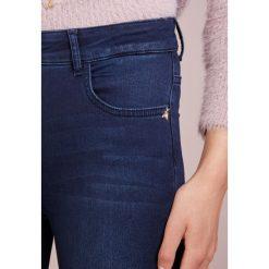 Patrizia Pepe Jeans Skinny Fit blue. Niebieskie jeansy damskie Patrizia Pepe, z bawełny. Za 729,00 zł.
