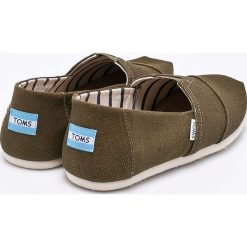 Toms - Espadryle. Brązowe espadryle męskie marki Toms, z gumy. W wyprzedaży za 139,90 zł.