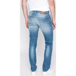 Trussardi Jeans - Jeansy 370 Close. Niebieskie rurki męskie marki Trussardi Jeans. W wyprzedaży za 539,90 zł.