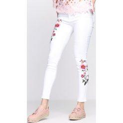 Rurki damskie: Białe Spodnie The Mirror