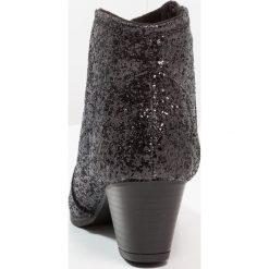 New Look 915 Generation AKITA Botki black. Czarne buty zimowe damskie New Look 915 Generation, z materiału. Za 139,00 zł.