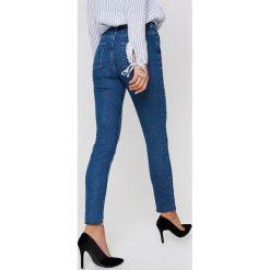 NA-KD Jeansy z panelami - Blue. Niebieskie boyfriendy damskie NA-KD, w paski, z bawełny. W wyprzedaży za 80,98 zł.