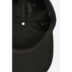Bench - Czapka. Czarne czapki z daszkiem męskie Bench, z bawełny. W wyprzedaży za 59,90 zł.