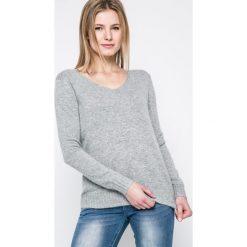 Answear - Sweter Eros. Szare swetry klasyczne damskie ANSWEAR, l, z dzianiny, z okrągłym kołnierzem. W wyprzedaży za 69,90 zł.