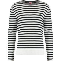 Lacoste LIVE Sweter flour/black. Białe kardigany męskie marki Lacoste LIVE, m, z bawełny. W wyprzedaży za 415,20 zł.