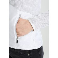 Luhta AILI Kurtka z polaru natural white. Białe kurtki damskie Luhta, xl, z materiału. Za 269,00 zł.