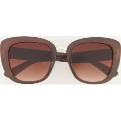 Okulary przeciwsłoneczne - Brązowy. Brązowe okulary przeciwsłoneczne damskie aviatory Reserved. Za 39,99 zł.