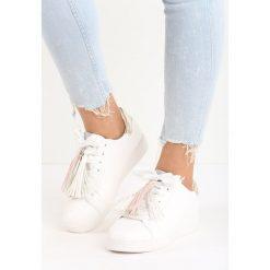 Biało-Złote Buty Sportowe Plaything. Żółte buty sportowe damskie marki NEWFEEL, z gumy. Za 69,99 zł.