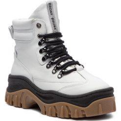 Trapery BRONX - 47174-A BX 1553 White/Black/Gum 2959. Czarne buty zimowe damskie marki Bronx, z materiału. W wyprzedaży za 519,00 zł.