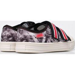 Befado - Tenisówki dziecięce. Szare buty sportowe chłopięce marki Befado, z materiału. W wyprzedaży za 24,90 zł.