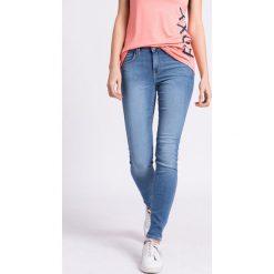 Lee - Jeansy. Niebieskie jeansy damskie Lee, z bawełny. W wyprzedaży za 219,90 zł.