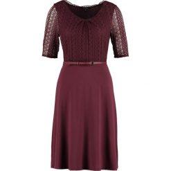 Sukienki hiszpanki: comma Sukienka z dżerseju cranberry