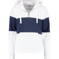 Orsman GUIDE Bluza z kapturem white. Białe bluzy męskie Orsman, m, z bawełny, z kapturem. Za 389,00 zł.