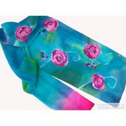 Apaszki damskie: róże w błękicie morza – jedwabny szal