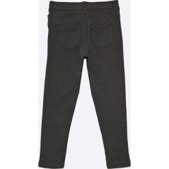 Blukids - Legginsy dziecięce 98-128 cm. Czarne legginsy dziewczęce Blukids, z bawełny. W wyprzedaży za 29,90 zł.