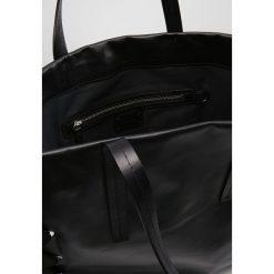Topshop Torba na zakupy black. Czarne shopper bag damskie marki Topshop. W wyprzedaży za 356,95 zł.