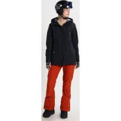 Roxy TRIBE Kurtka snowboardowa true black. Czarne kurtki damskie narciarskie Roxy, l, z materiału. W wyprzedaży za 975,20 zł.