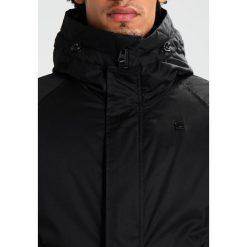 GStar Parka black. Czarne parki męskie marki G-Star, l, z bawełny. W wyprzedaży za 637,45 zł.