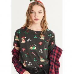 T-shirt z nadrukiem all over - Szary. Szare t-shirty damskie Sinsay, l, z nadrukiem. Za 24,99 zł.