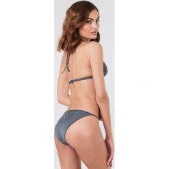Filippa K Góra bikini Shiny Triangle - Blue. Niebieskie bikini marki Filippa K. W wyprzedaży za 101,48 zł.