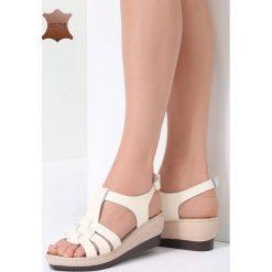 Beżowe Skórzane Sandały Roar. Brązowe sandały damskie marki Born2be, z materiału, na obcasie. Za 99,99 zł.