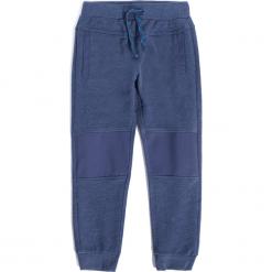 Spodnie. Niebieskie spodnie dresowe chłopięce marki ATHLETICS. Za 49,90 zł.