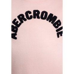 Abercrombie & Fitch EVERYBODY CREW  Bluza light pink. Czerwone bluzy dziewczęce Abercrombie & Fitch, z bawełny. Za 129,00 zł.