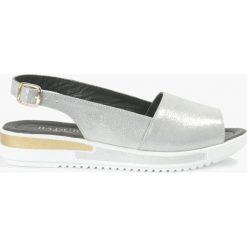 Sandały srebrne Editta. Czarne sandały damskie marki Badura, z materiału, na sznurówki. Za 135,99 zł.