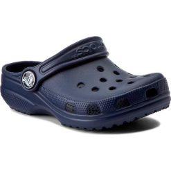 Klapki CROCS - Classic Kids 10006  Navy. Niebieskie klapki chłopięce marki Crocs, z tworzywa sztucznego. Za 119,00 zł.