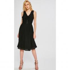 Morgan - Sukienka. Szare sukienki mini marki Morgan, na co dzień, z poliesteru, casualowe, rozkloszowane. W wyprzedaży za 299,90 zł.