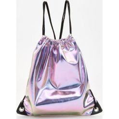 Plecaki damskie: Błyszczący plecak worek - Fioletowy