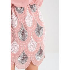 Sukienki hiszpanki: Lace & Beads Petite SHARON ANGELA Sukienka koktajlowa pink