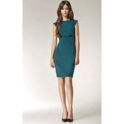 Zielona Sukienka Koktajlowa z Kokardką. Zielone sukienki balowe marki Molly.pl, do pracy, l, w paski, z dekoltem w łódkę, z krótkim rękawem, mini, oversize. Za 149,90 zł.