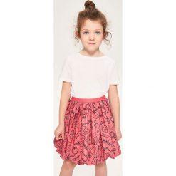 Bawełniana spódnica z nadrukiem - Czerwony. Czerwone spódniczki dziewczęce Reserved, z nadrukiem, z bawełny. W wyprzedaży za 29,99 zł.