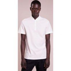 J.LINDEBERG LEO LUX  Tshirt z nadrukiem white. Białe koszulki polo J.LINDEBERG, m, z nadrukiem, z bawełny. Za 379,00 zł.