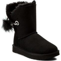 Buty UGG - W Irina 1017502 W/Blk. Czarne buty zimowe damskie Ugg, ze skóry. Za 1159,00 zł.