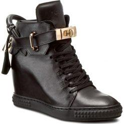 Sneakersy CARINII - B3767 E50-000-PSK-B88. Czarne botki damskie na zamek Carinii, z materiału. W wyprzedaży za 309,00 zł.